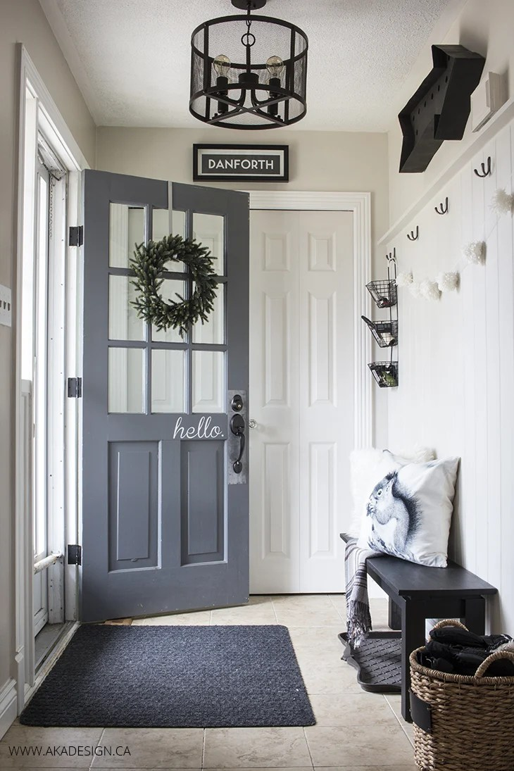 Home Made Lovely black and white entryway