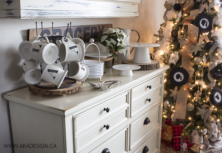 Farmhouse Style Christmas Details Vignettes In The Living And