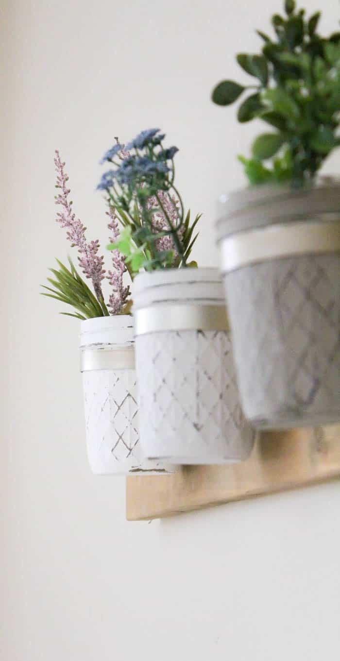 Mason Jar Vases | makingitinthemountains.com