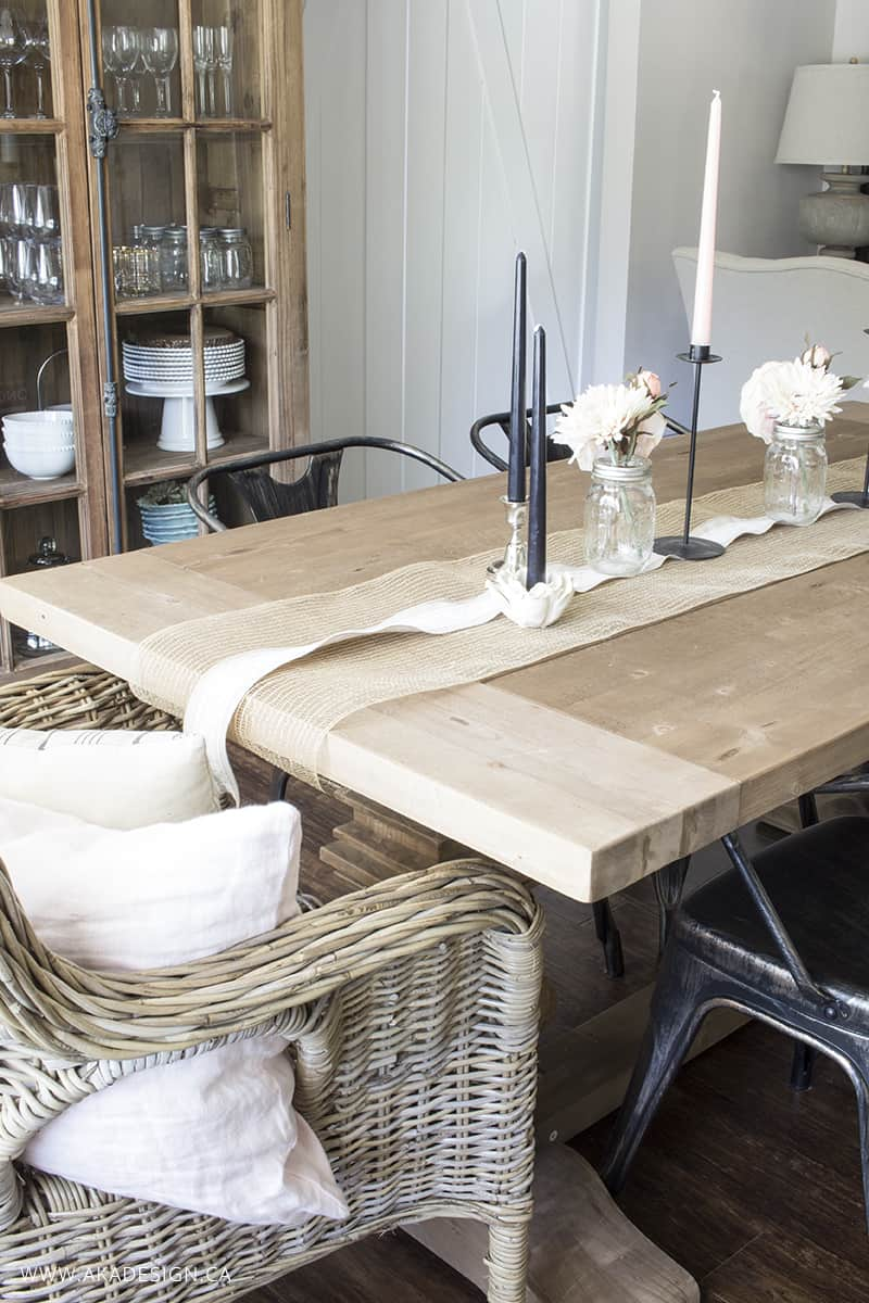 diy burlap and lace table runner