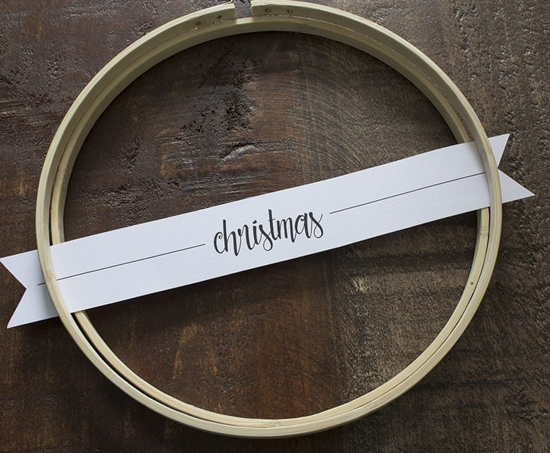 aka-design-merry-christmas-embroidery-hoop-wreaths-place-paper-tag-1-blog-pic