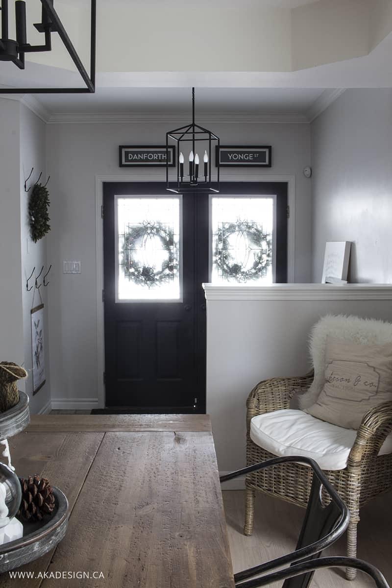 aka-design-white-entry-black-doors