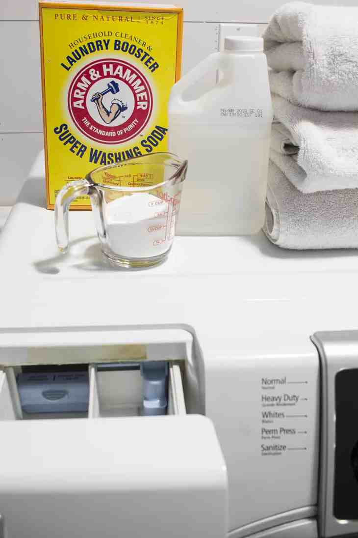 ARM & HAMMER Laundry Booster