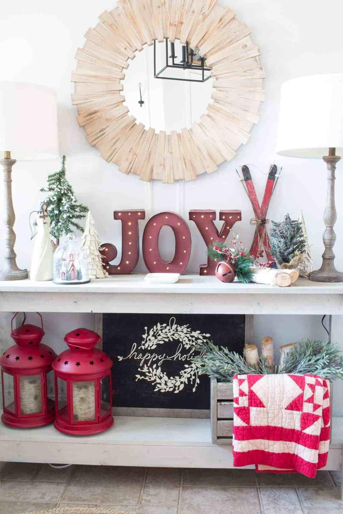 farmhouse-christmas-decor-