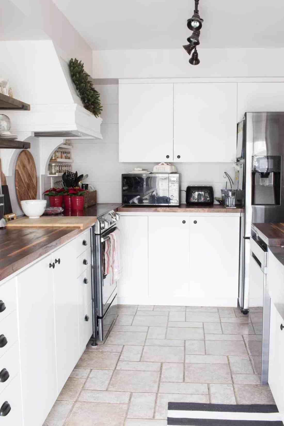 farmhouse-kitchen-appliances