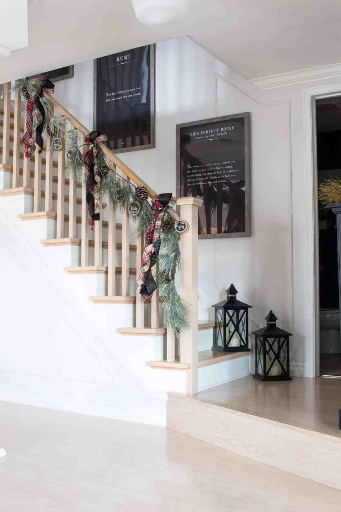 stairwell-decorating-for-christmas-