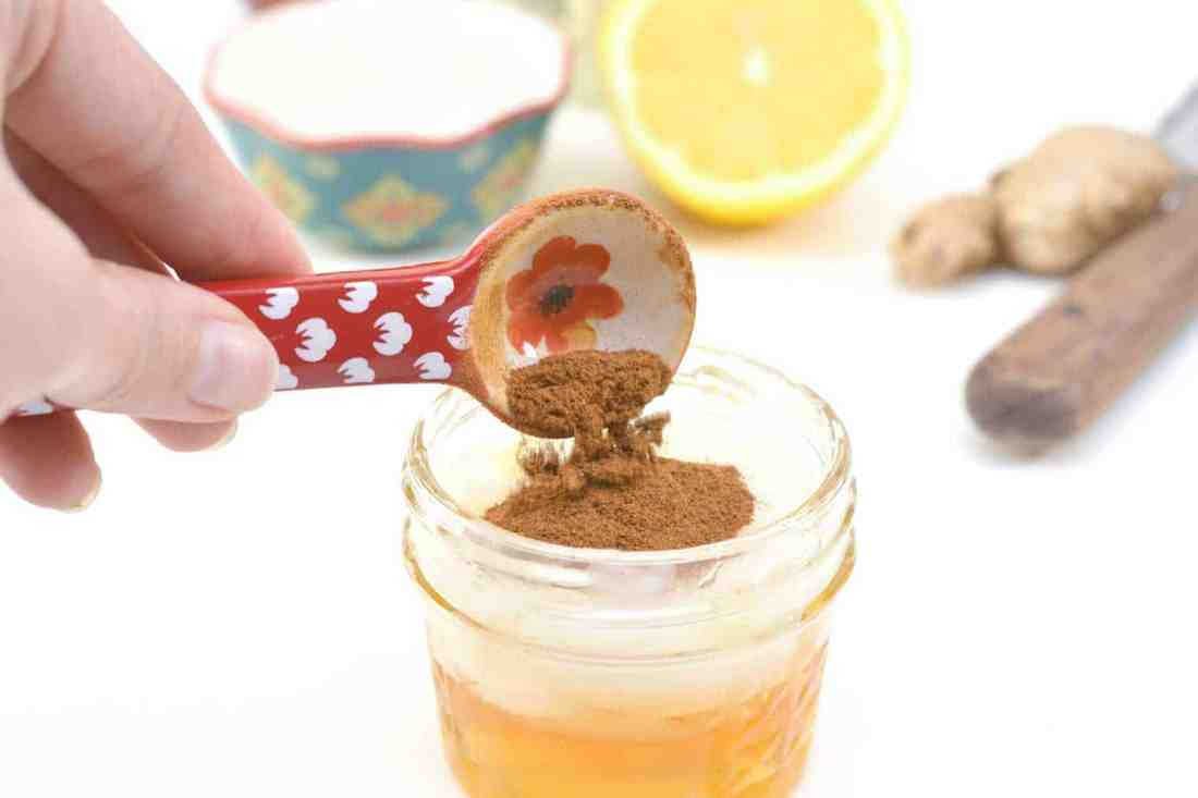add cinnamon to honey, coconut oil and lemon for step 4