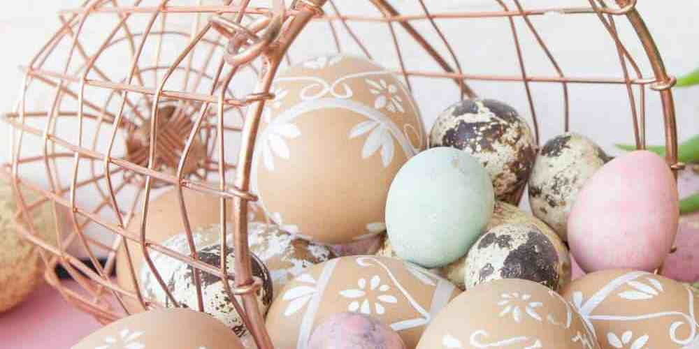 Part of the fun of Easter weekend is playing fun family games together. Here are 8 fun Easter games to play with your family this year!