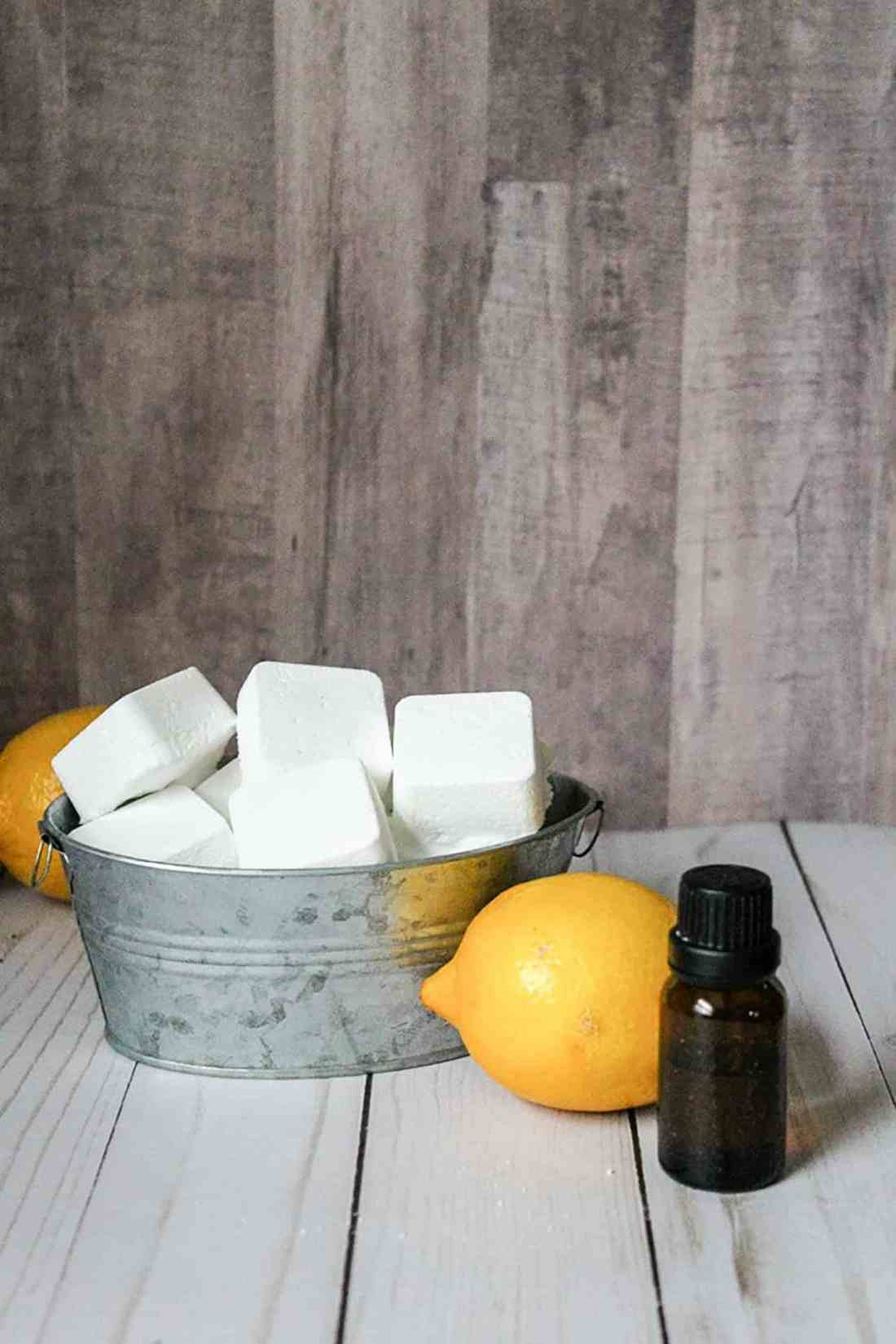 Want a super easy way to keep your toilet fresh between cleanings? Try our DIY toilet bombs made with essential oils and baking soda for a fresh clean scent!