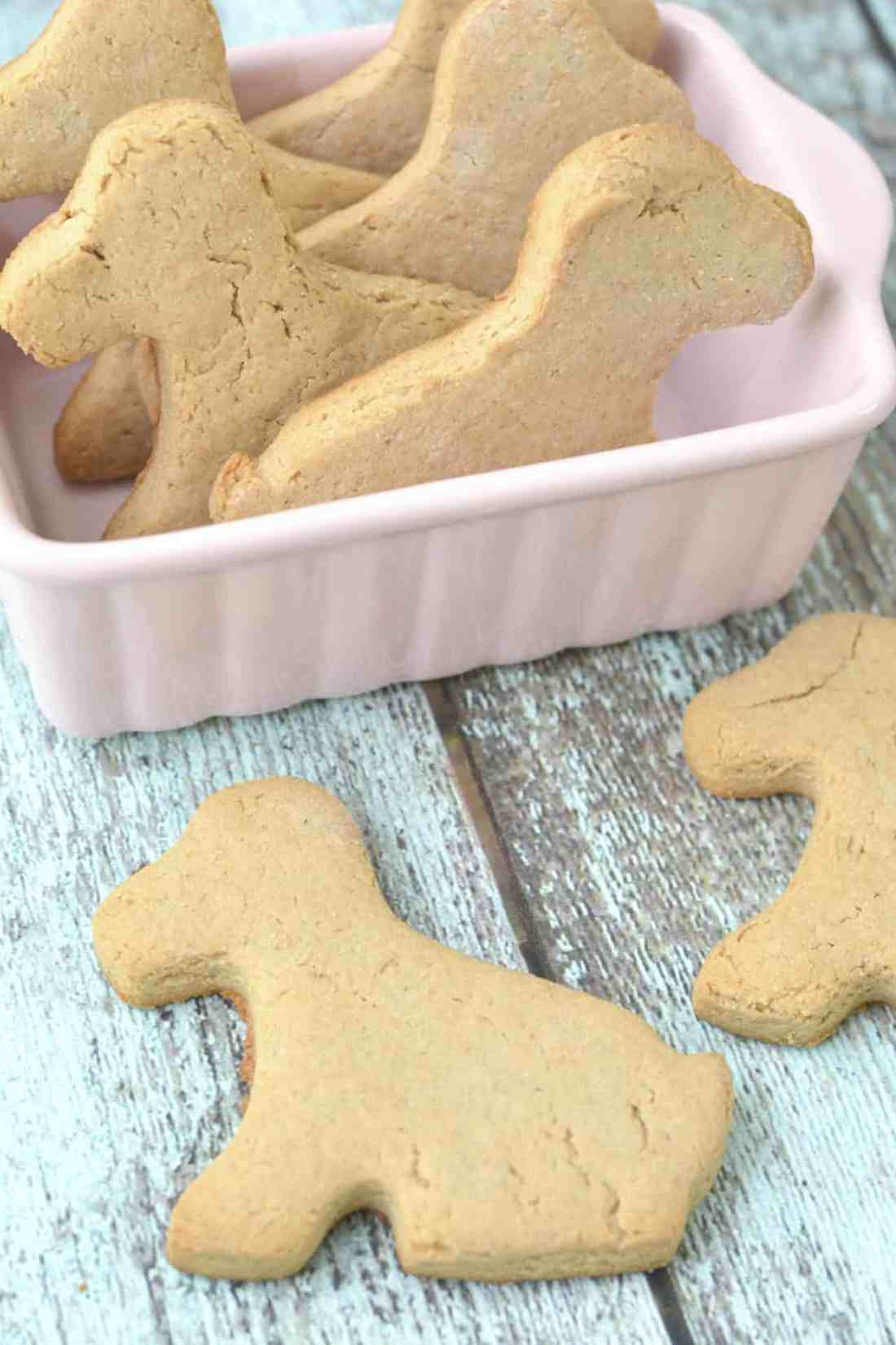 homemade peanut butter peppermint dog biscuits