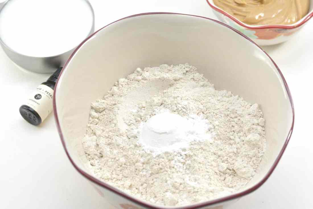 oat flour and baking powder