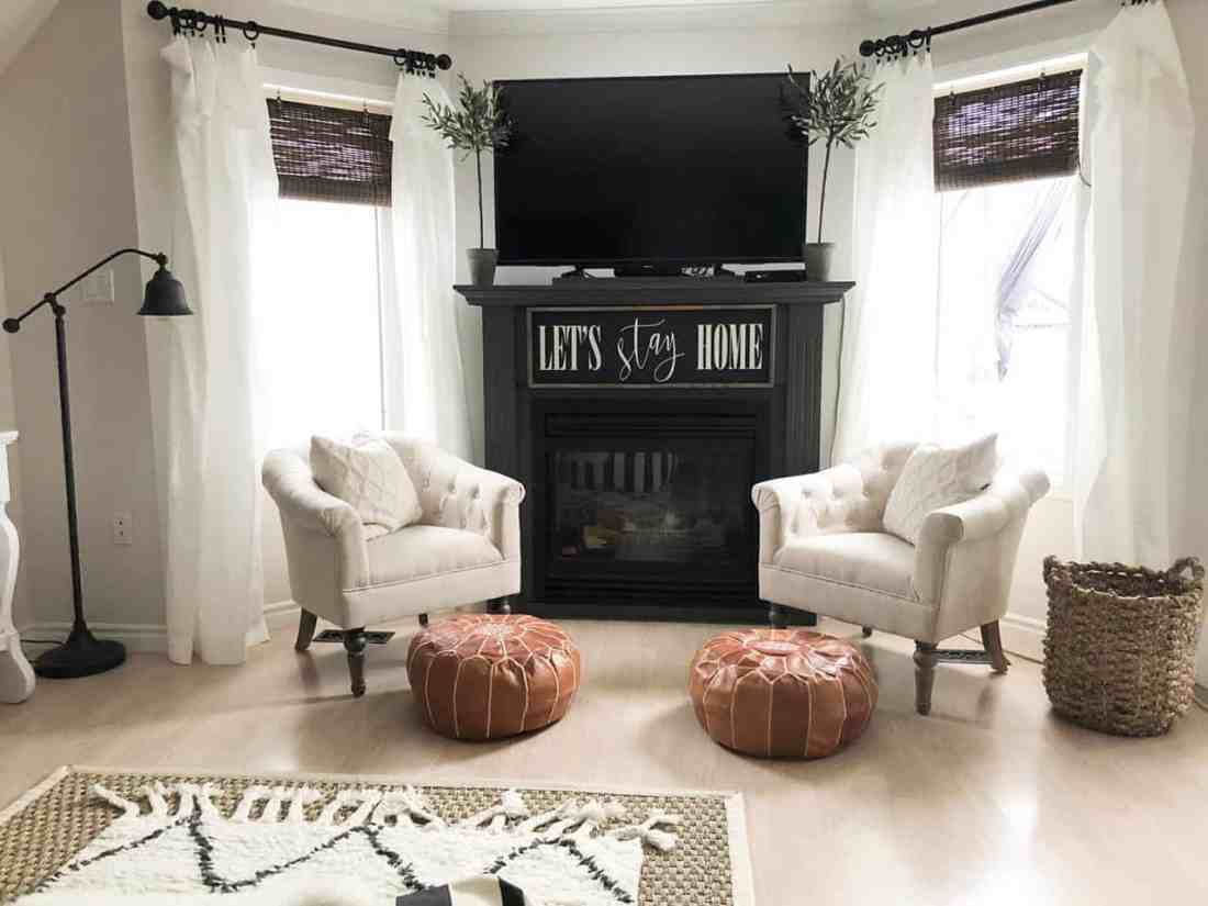 lordana chairs with moroccan poufs