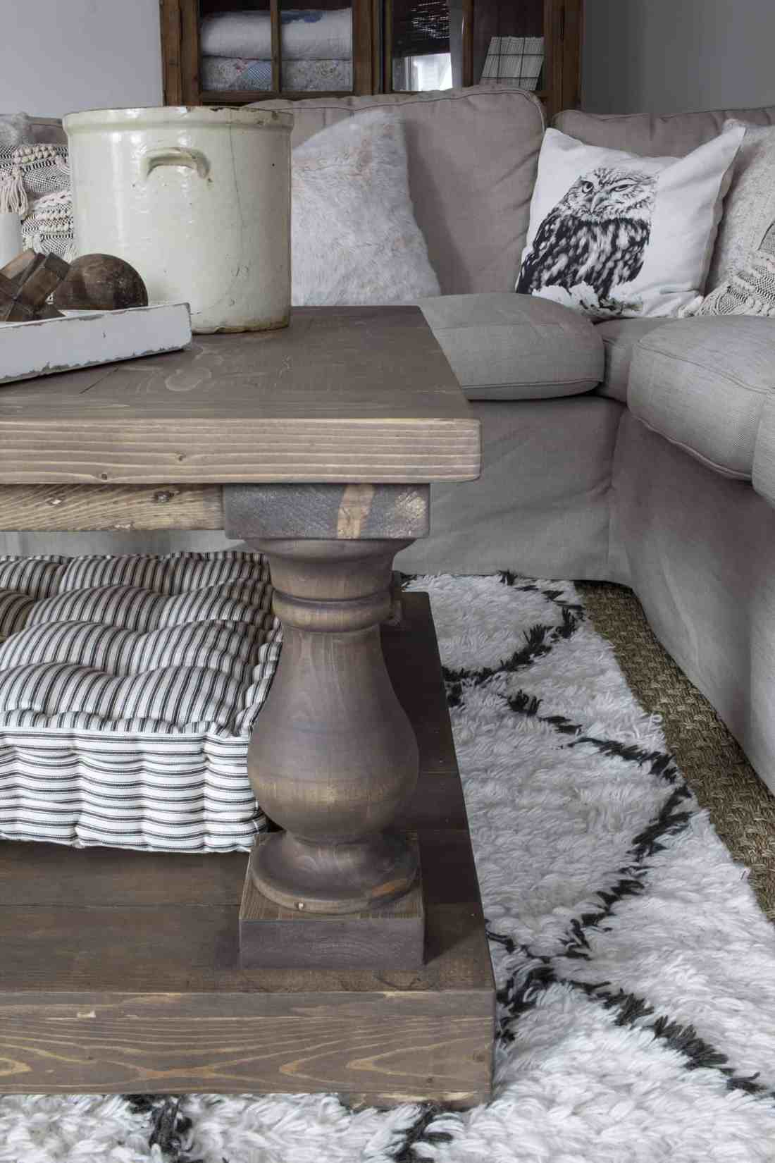 balustrade coffee table leg