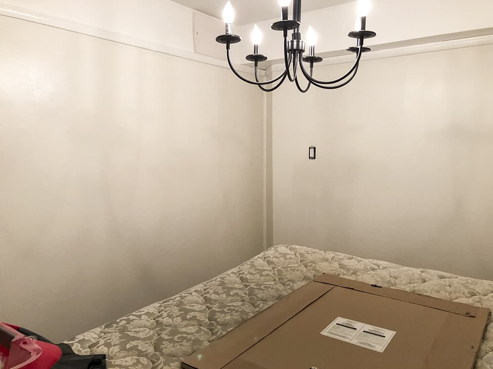 empty room painting 2