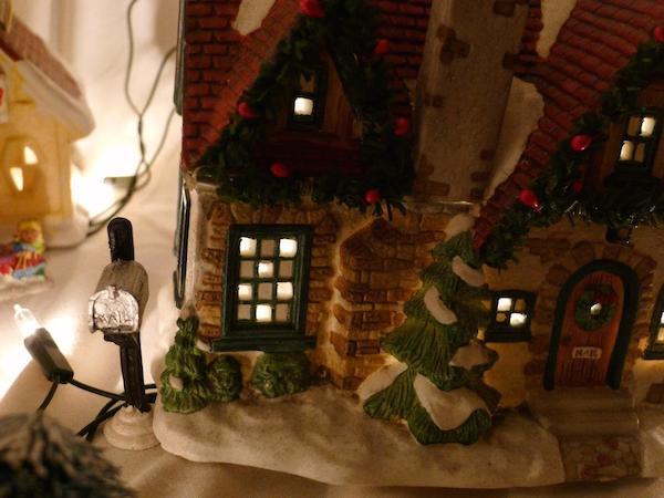 Homemade Parties Christmas House16