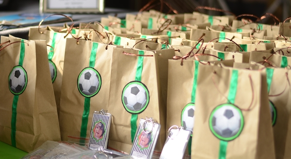 Homemade Parties_DIY Party_Football08