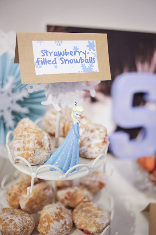 Homemade Parties_DIY Party_Frozen_Sky21