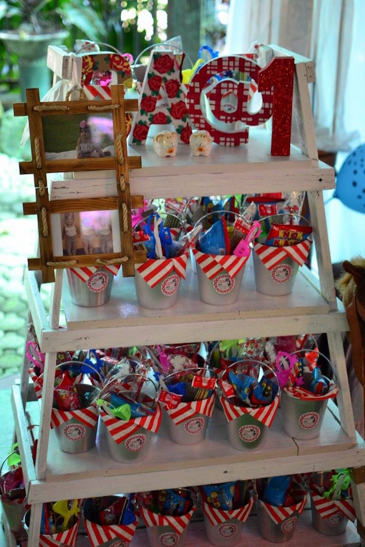 Homemade Parties_DIY Country Fair Party_Carly05
