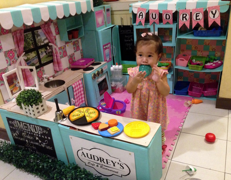 DIY Cardboard Kitchen Cafe Pantry Playset11