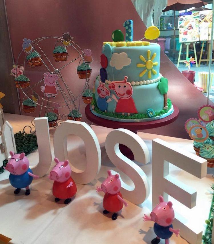 Homemade Parties DIY Peppa Pig Party _ Jose01