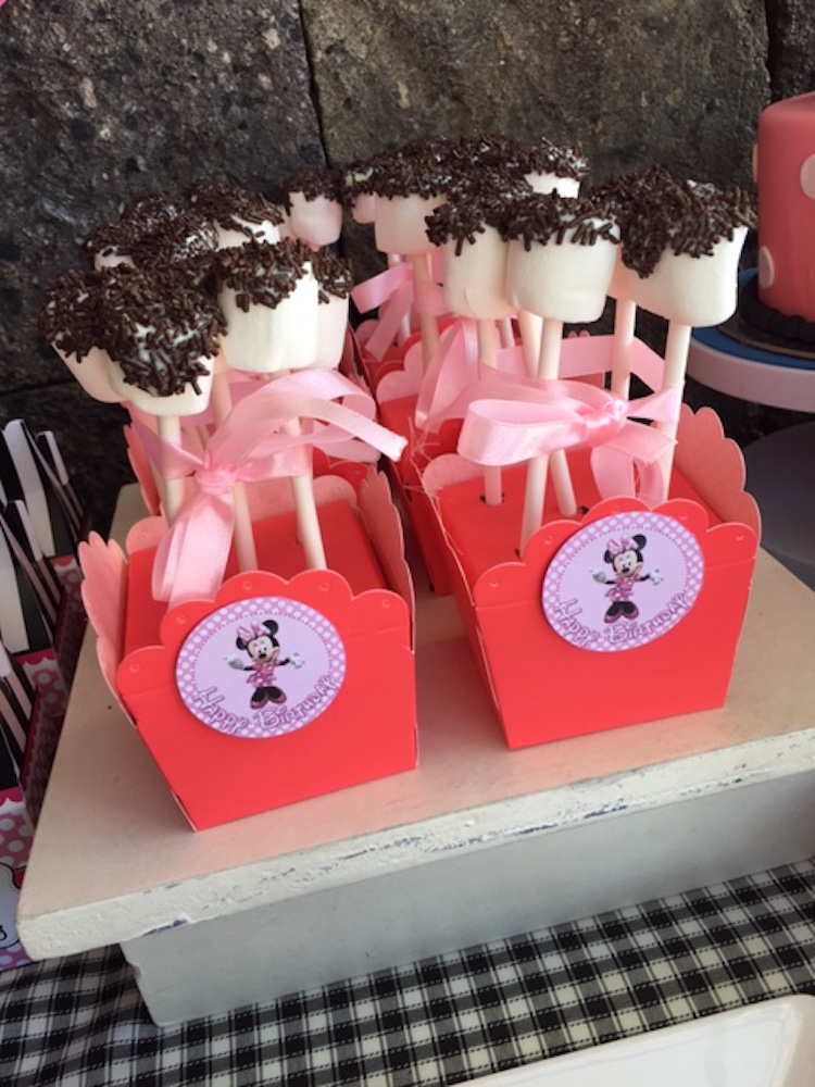 Homemade Parties DIY Party _Minnie Mouse Party Ina09