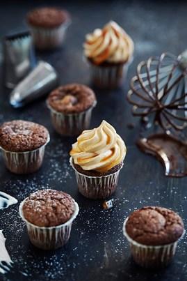 chokladcupcakes med kolafrosting
