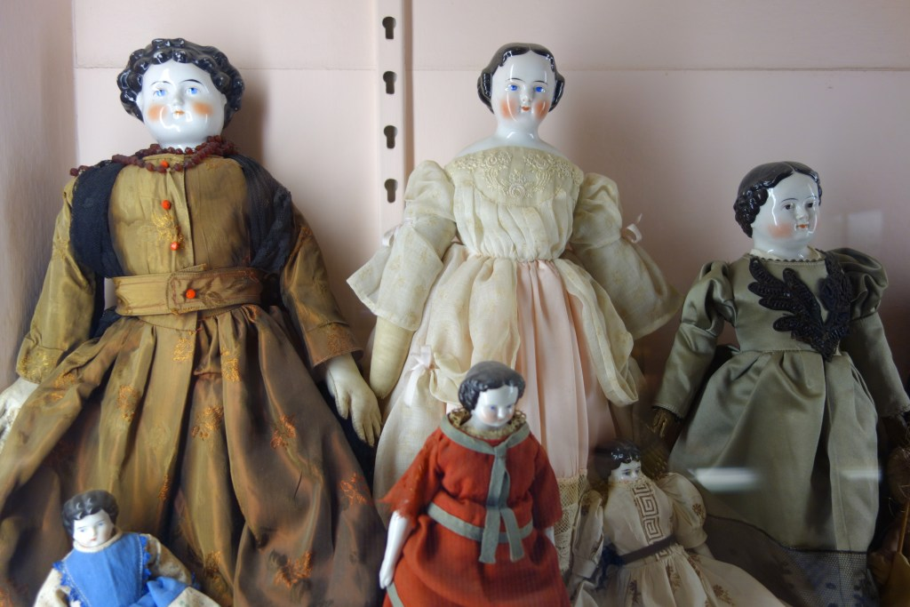 Bisque Doll Cleaning