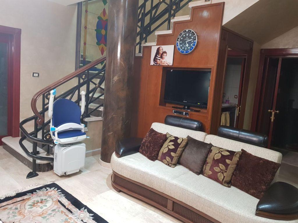 Stairlift Jordan, Amman | Lebanon, Beirut | Handicare | Curved | Home Mobility