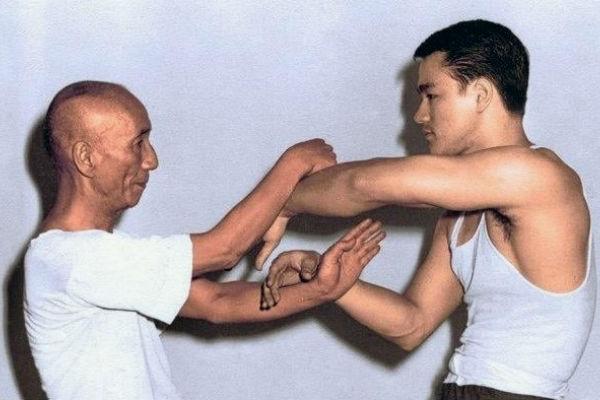 Único - Bruce Lee