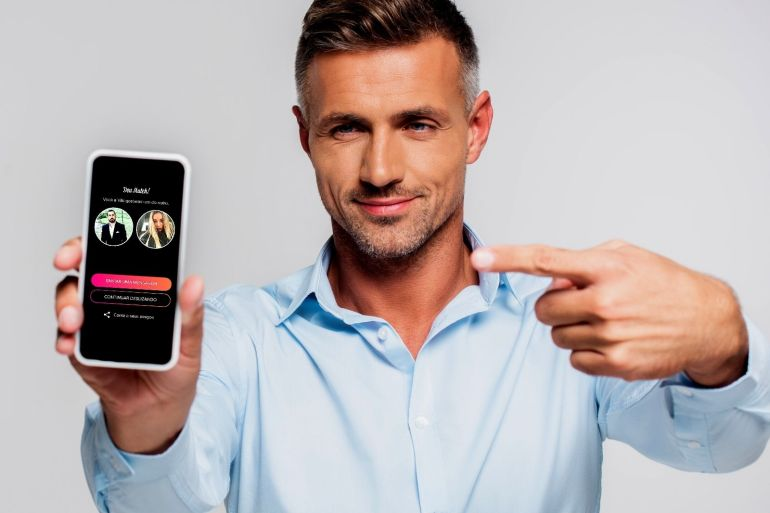 Como criar o perfil perfeito nos aplicativos de relacionamento