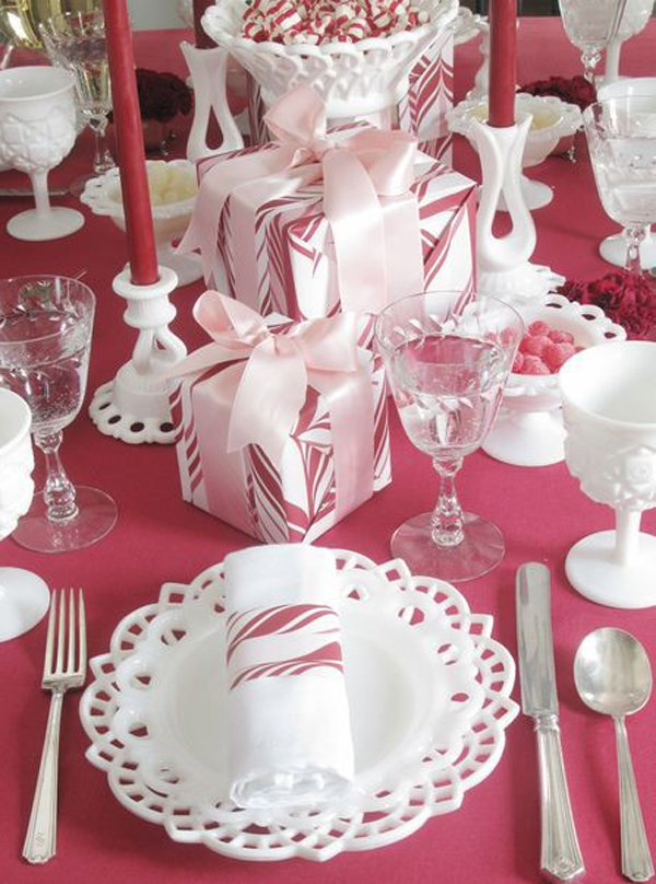 20 Collection Of Christmas Table Setting Ideas Home Design And Interior