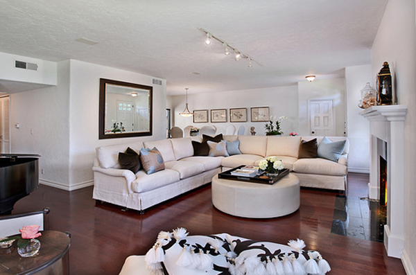 10 Trendy And Casual Living Room Decor 2013