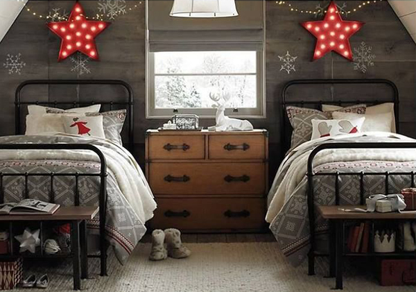 Two Beds Christmas Room Decor