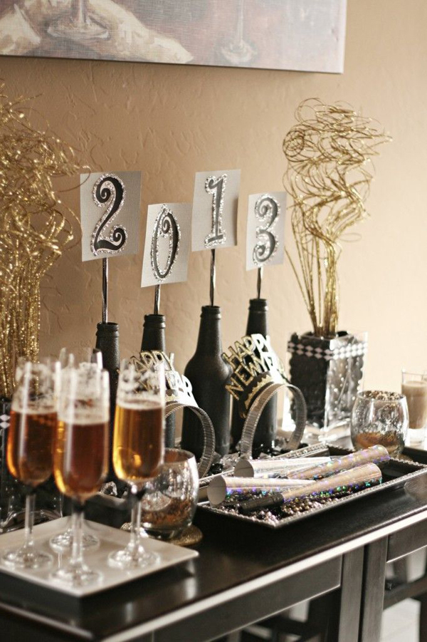 20 Wonderful New Year Eve Party Ideas   Home Design And Interior Some foods and beverages into the cover of our new year party ideas  you  can create its own unique concept when needed  Here s decoration New Year s  Eve