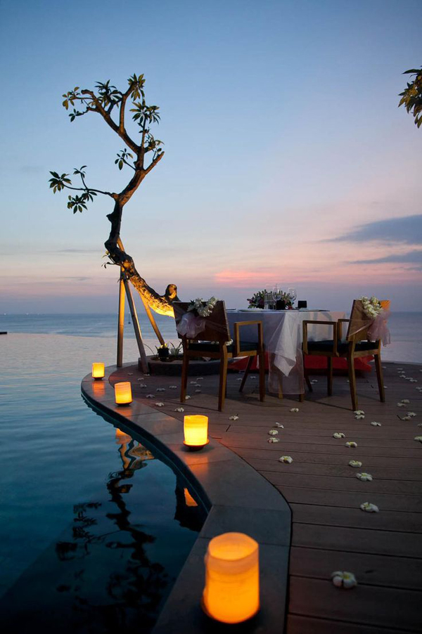 Romantic Outdoor Dinner At The Beach