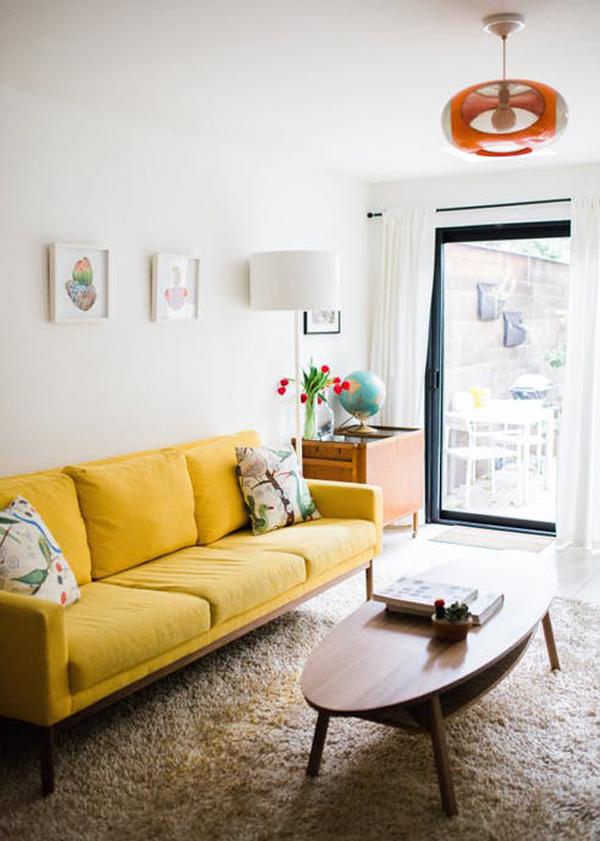 scandinavian-living-room-with-yellow-sofas | HomeMydesign