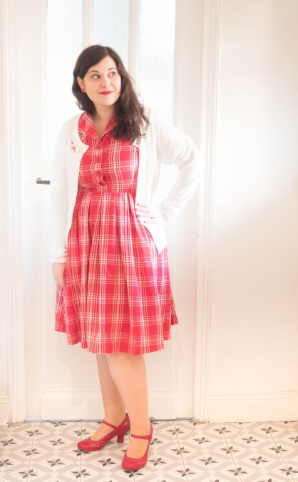 Claudine-Red-Check-Swing-Dress-lindy-bop-erstwilder robe