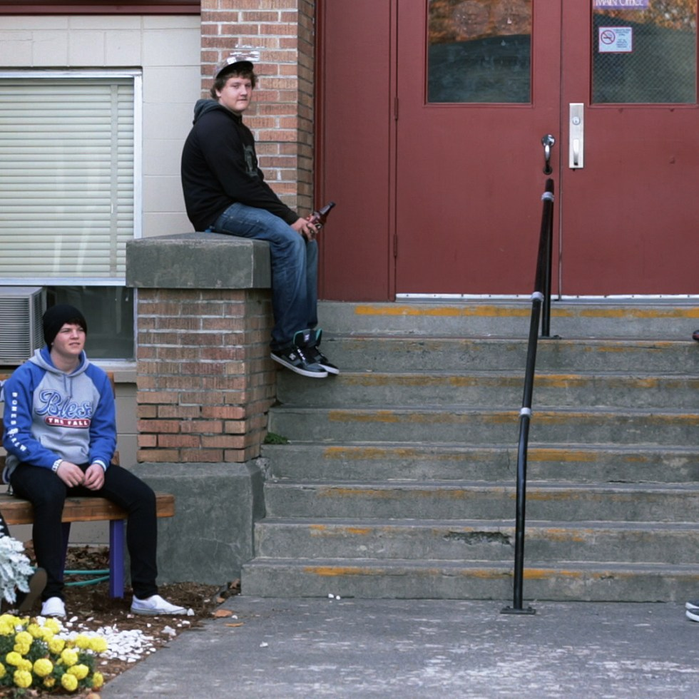 PT Screencap – Lincoln High School Exterior Kids Hanging Out