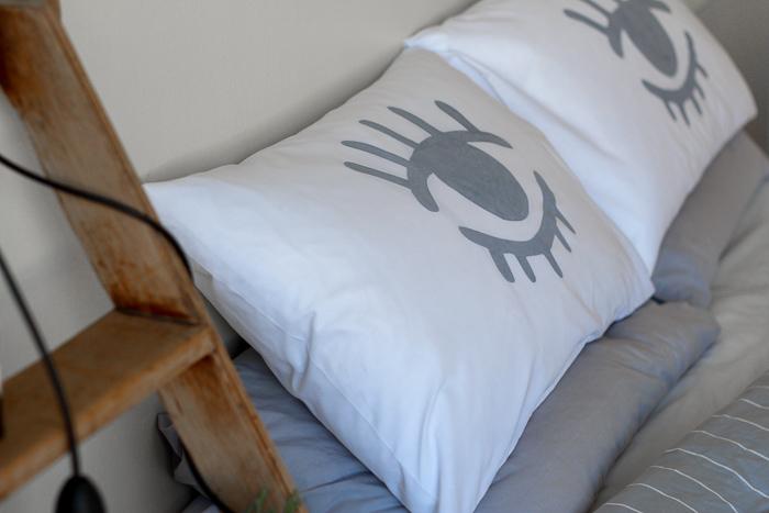 Eye Stencil Pillowcase DIY