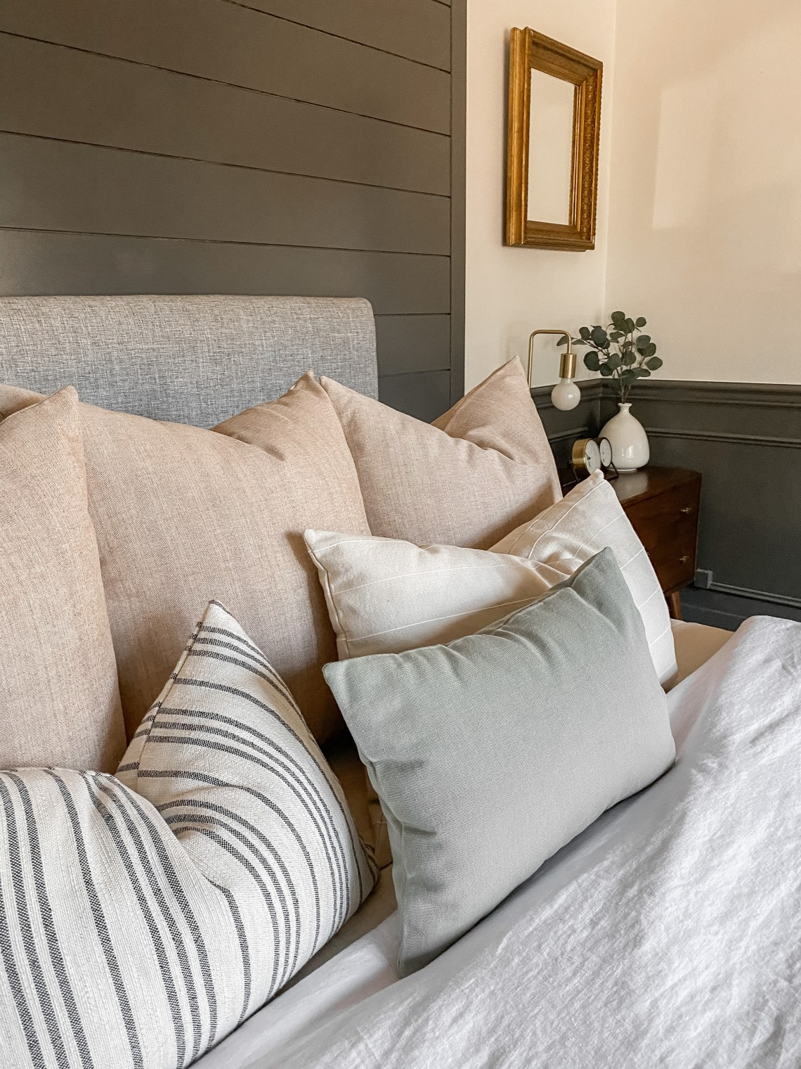 Hackner Home Pillows