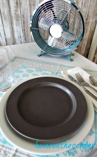 tablescape 2017 turquoise and grey place mat and fan