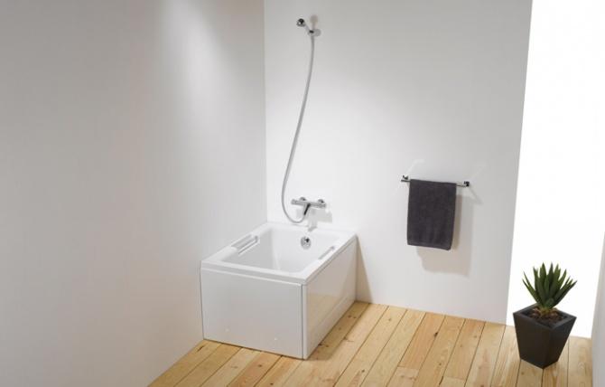 Shortline Bathtub