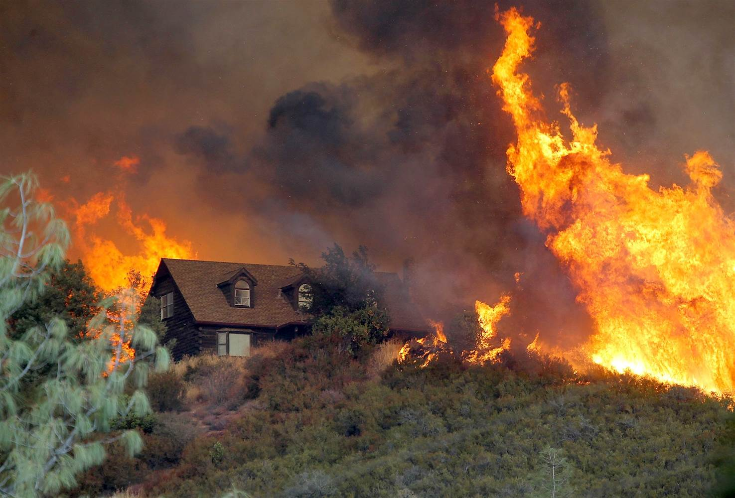 Wildfires – Five Simple & Inexpensive Ways to Protect Your Property