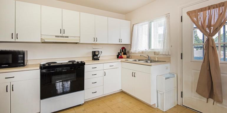 15 - Rental Kitchen
