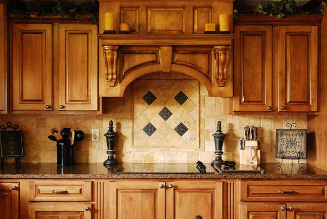 Eloquent Framed Wood Kitchen Cabinets