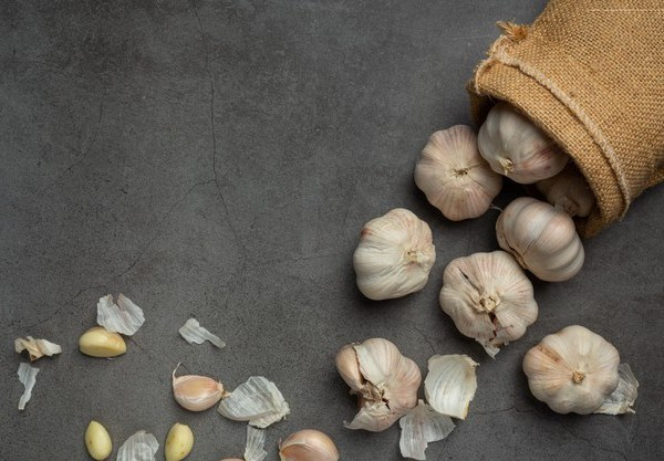 Benefits of Garlic: A cure for Cancer and Heart Diseases