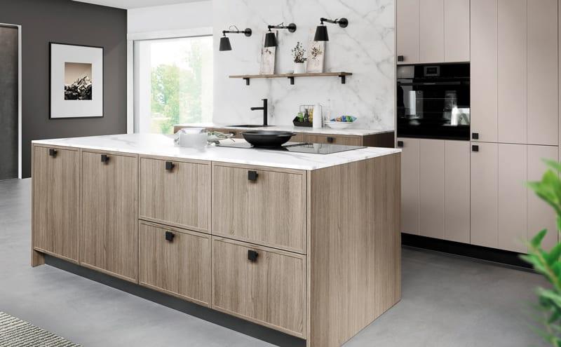 Rotpunkt-Karo-Luxio-Kitchen-in-New-City-Grey-Oak-Terragrey-by-Rotpunkt-HR1a..jpg