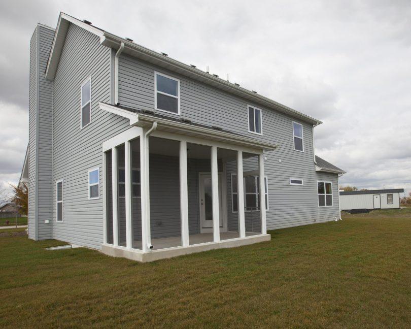 home-builders-joliet-il-verona-coverd-porch