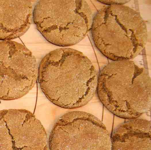 Meal planning: Fresh out-of-the-oven cookies on a cutting board cooling