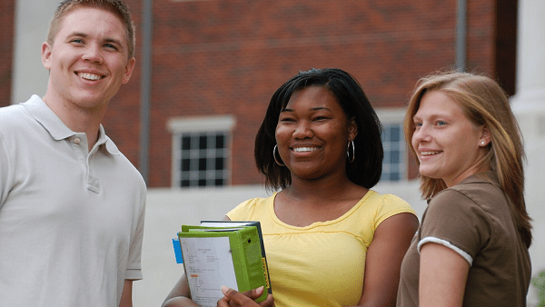 5 Reasons to Study in College